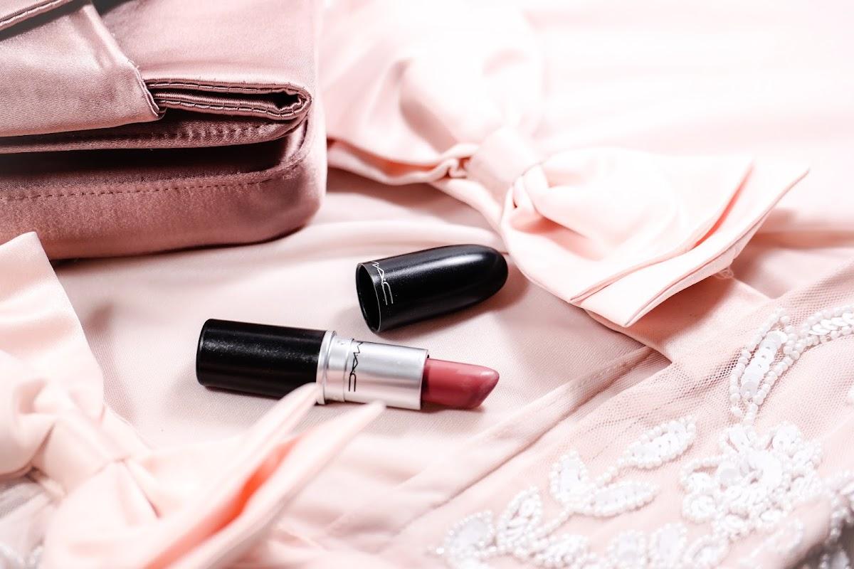 nude Lippenstift