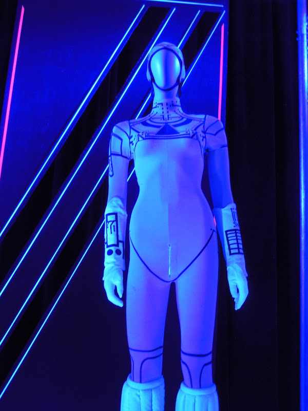 Yori 1982 Tron film costume