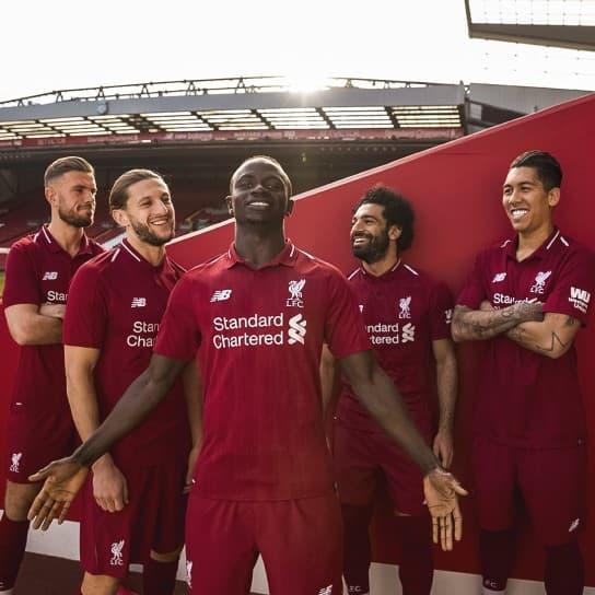 リヴァプールFC 2018-19 ユニフォーム-ホーム