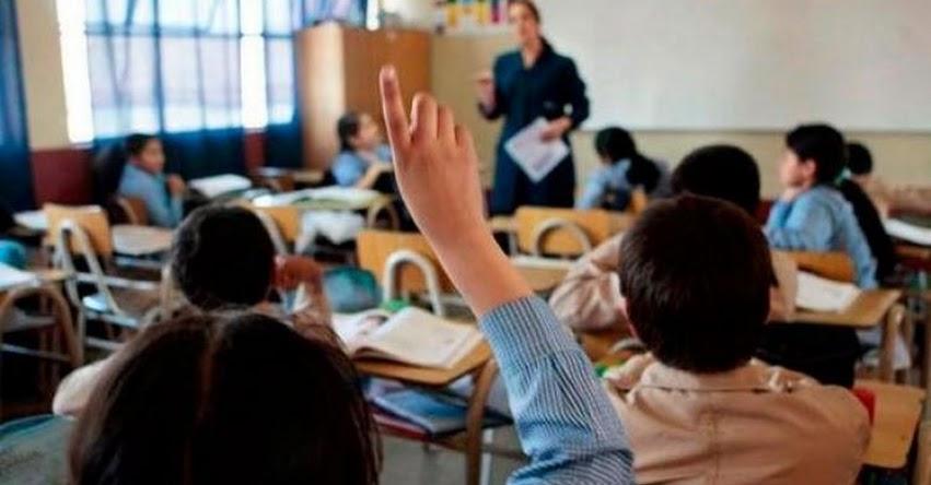 CORONAVIRUS: Más de 200 escolares contagiados y 8 profesores fallecidos por COVID-19 en Chiclayo