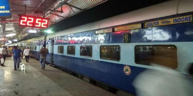 JABALPUR: चलती ट्रेन में महिला ADG सहित कई यात्राओं को लूटा | MP NEWS