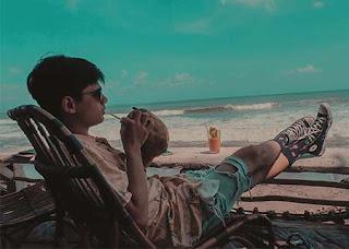 Rayn Wijaya di Pantai