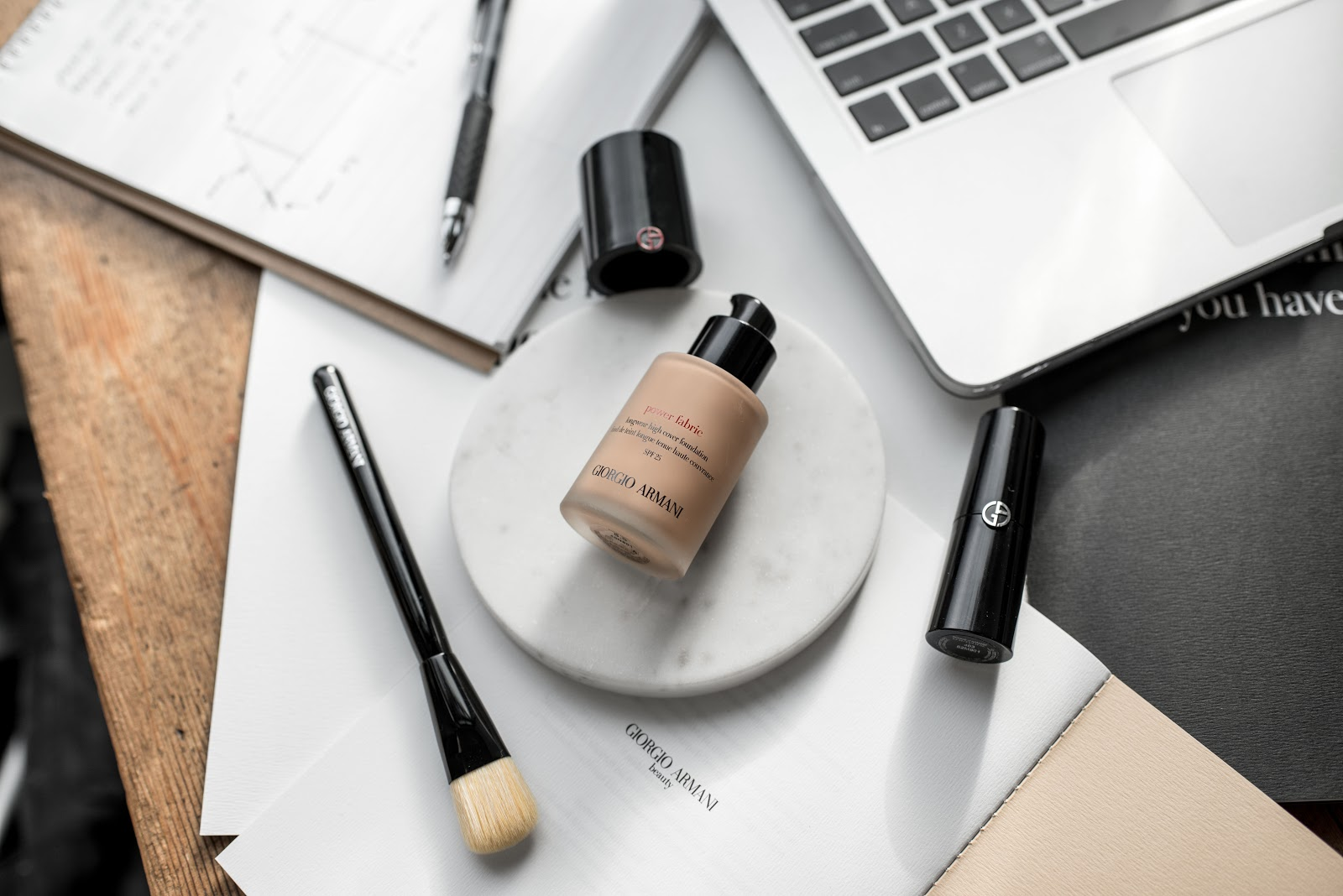 von vogue armani power fabric liquid foundation