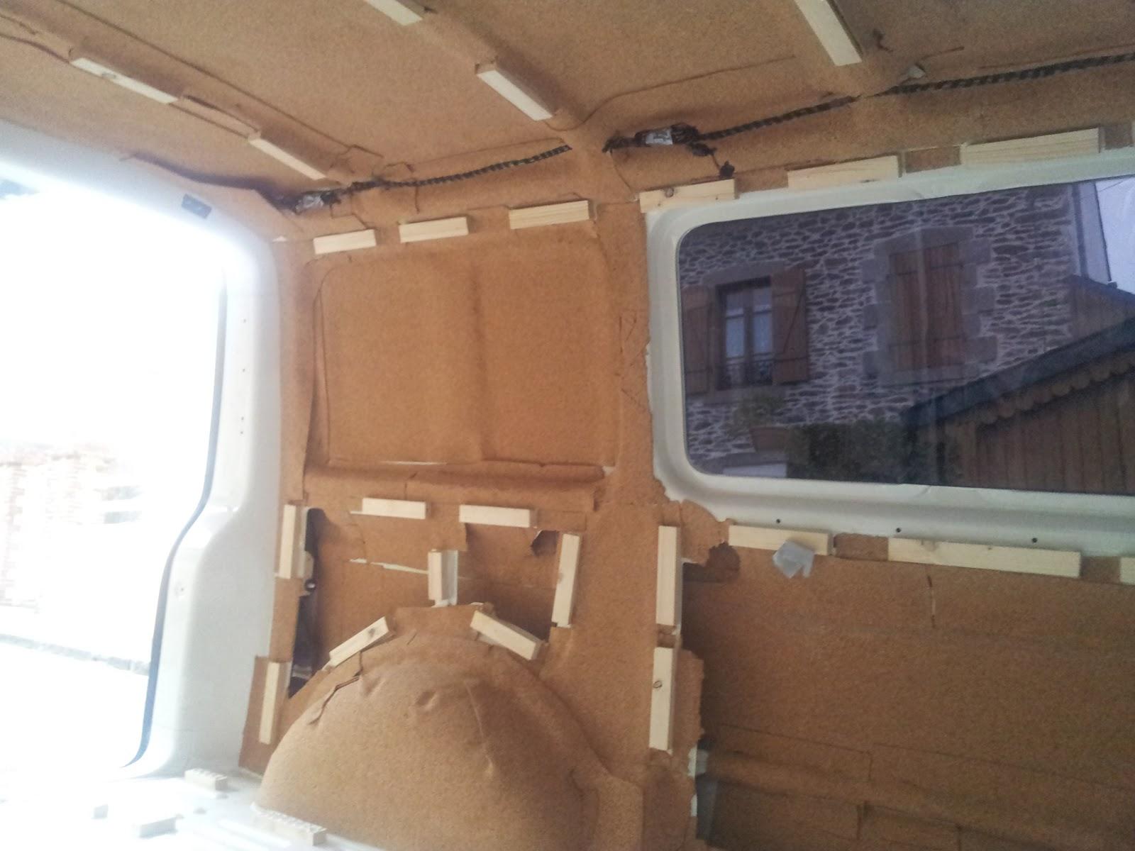 kite and surfing van l 39 isolation premi re couche li ge. Black Bedroom Furniture Sets. Home Design Ideas