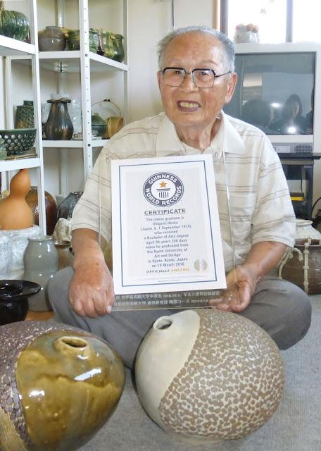 Hebat! Wisudawan Tertua Di Dunia Ternyata Dari Jepang!