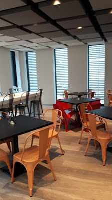 Frühstücksraum im Ibis Styles Basel City