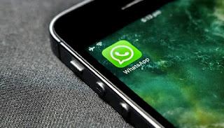 Cara Mudah Mengarsipkan Chat WhatsApp / WA di iPhone