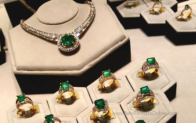 Perhiasan Batu Zamrud