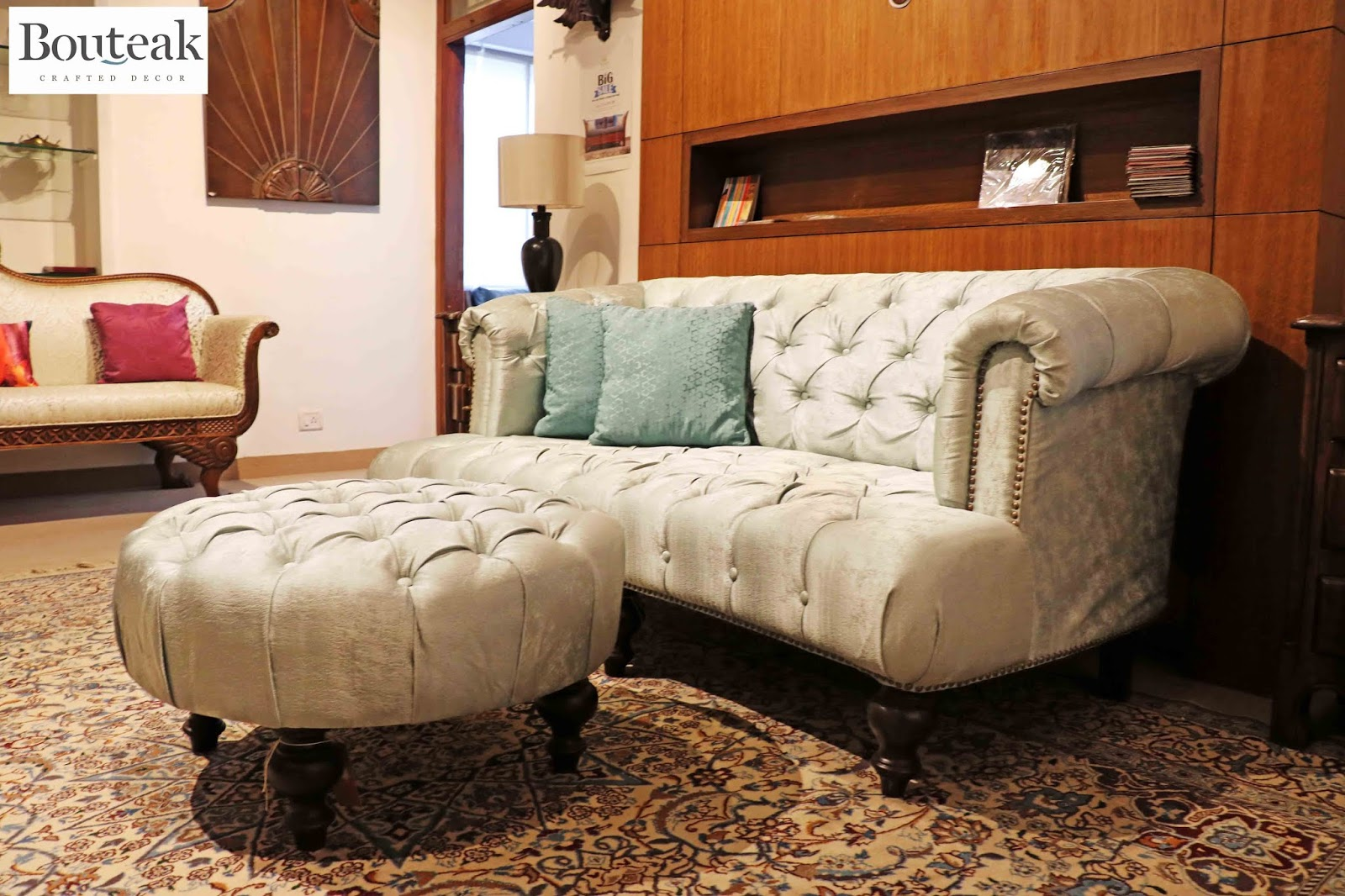 Feet Or Even The Stunning Chesterfield Sofa Set With A Wood Carved Central Motif Heritage At Its Best Made Regal And Cly For Today S Connoisseurs