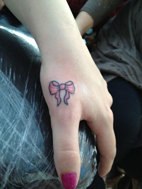 tatuagens de laços para as meninas