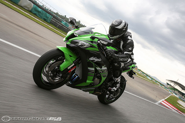 Kawasaki ZX-9R Specification