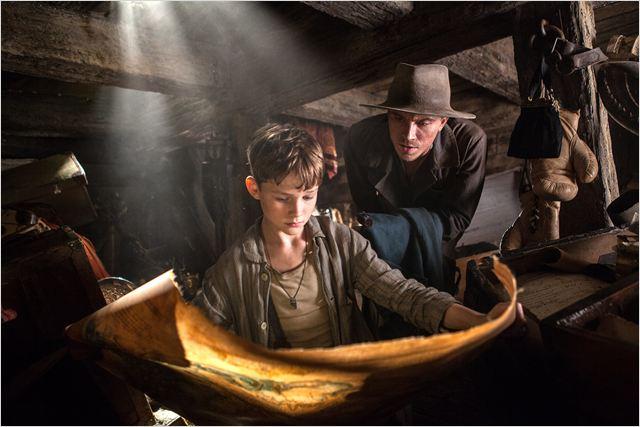 Peter  y Garfio en Pan: Viaje a Nunca jamás