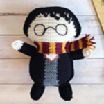 https://spinayarncrochet.com/ragdoll-harry-potter-free-crochet-pattern/