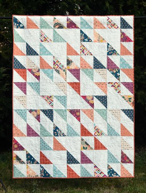 Meadow Mist Design Blithe Quilt With Fat Quarter