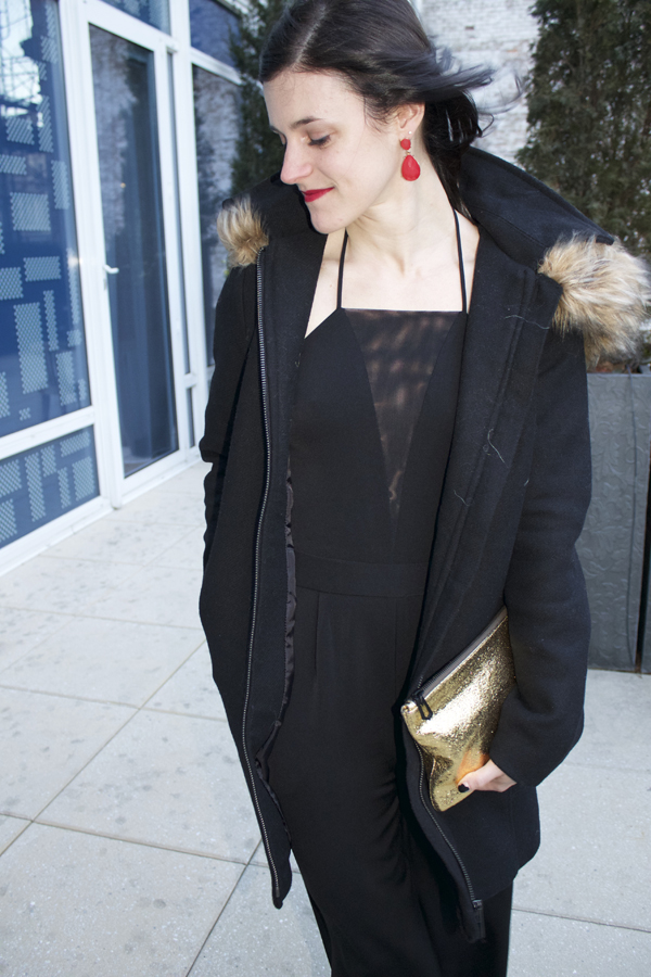 black jumpsuit, Express jumpsuit, all black, winter outfit, NYC outfit, red lips, black coat, Forever 21 black coat, red earrings, gold clutch, Valentine's Day