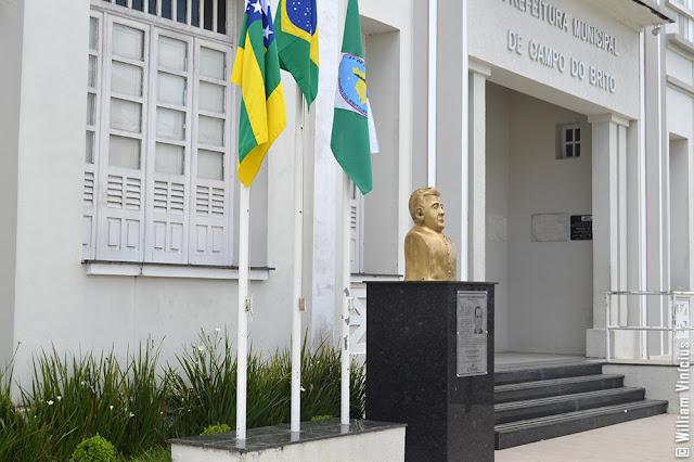 Busto de Padre Freire de Menezes