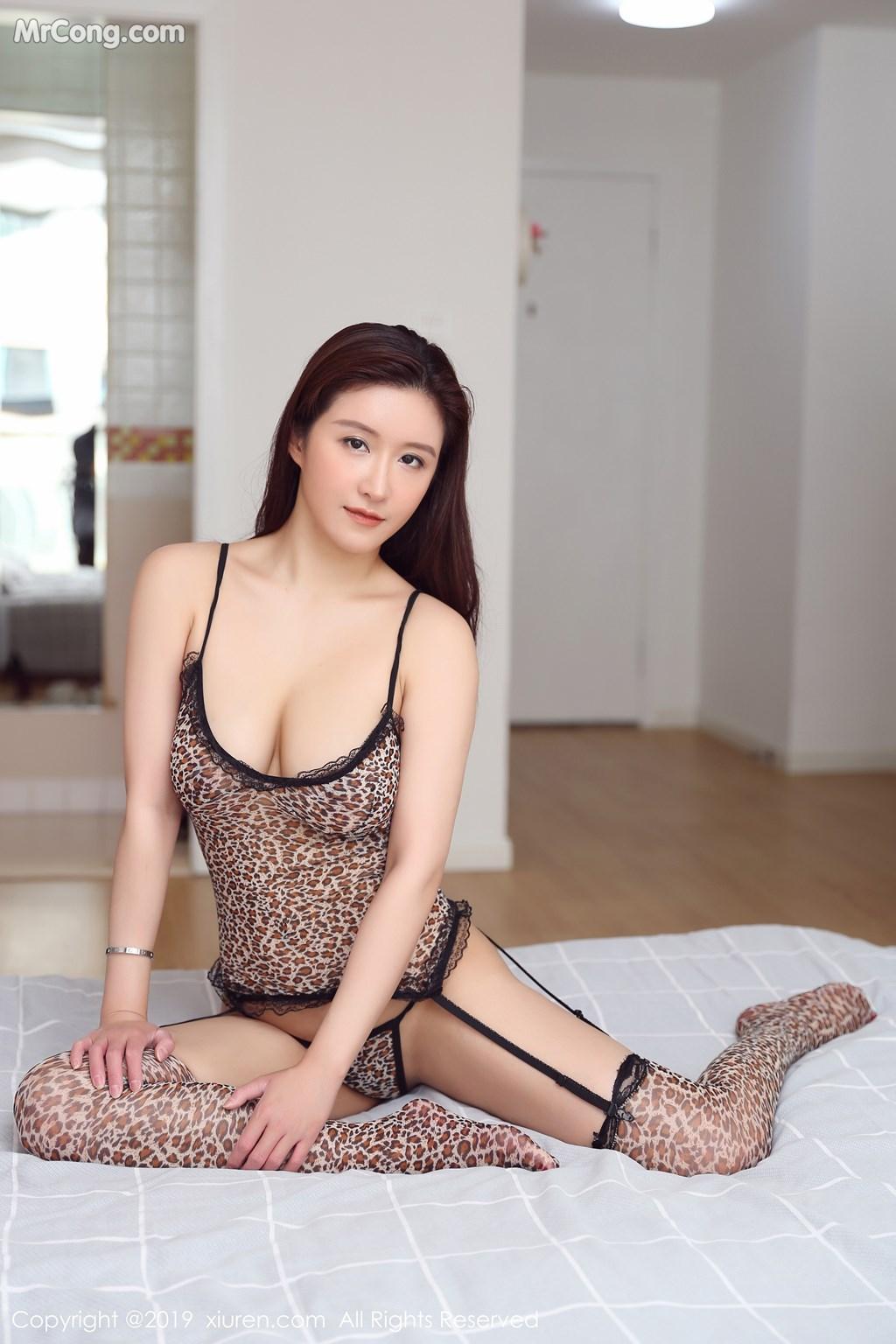 Image XIUREN-No.1672-MrCong.com-011 in post XIUREN No.1672: 任莹樱 (31 ảnh)