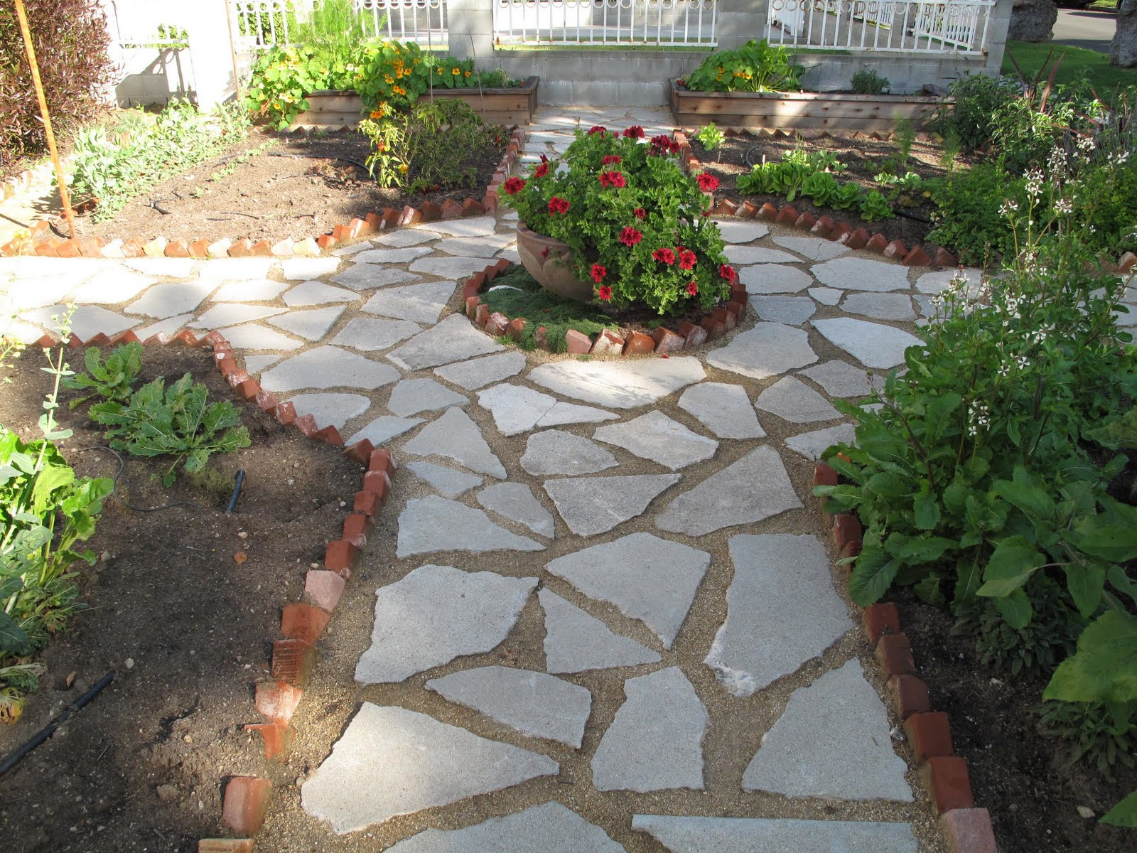 FOUNDATION DESIGN - LOS ANGELES MODERN LANDSCAPE DESIGN ... on Backyard Hardscape Design id=76053