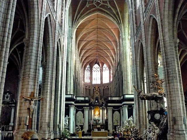 Visitando la catedral de Gante