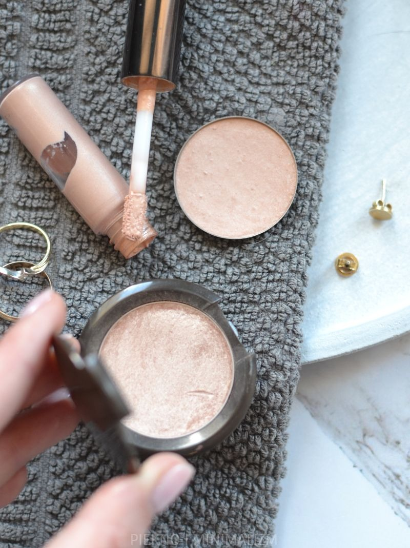 BECCA-GLOW-ON-THE-GO-KIT-OPINIA