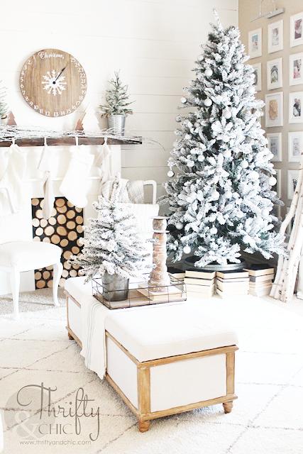 Farmhouse Christmas home tour. Neutral Christmas decor and decorating ideas. Fixer upper Christmas ideas.