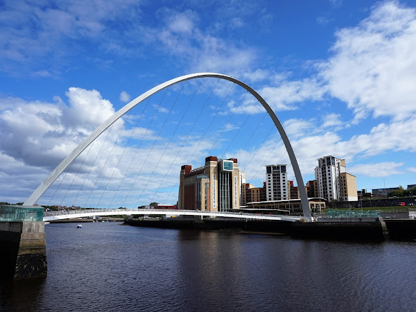 SIX  MORE REASONS TO DISCOVER NEWCASTLE GATESHEAD