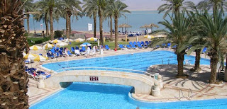 Cowne Plaza Dead Sea Resort - Swimming Pool