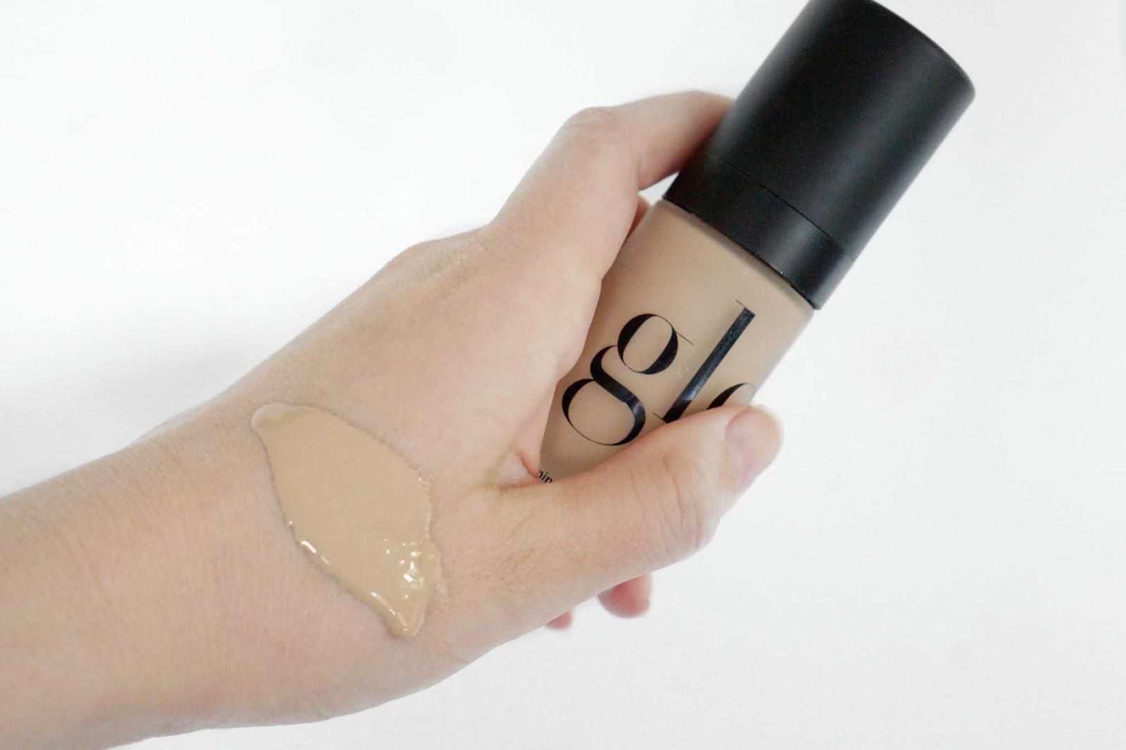 Glo_Skin_Beauty_Luminous_Liquid_Foundation
