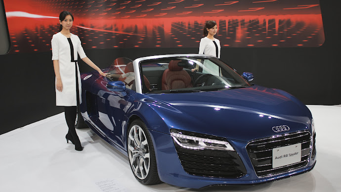 Wallpaper: Audi R8 Spyder