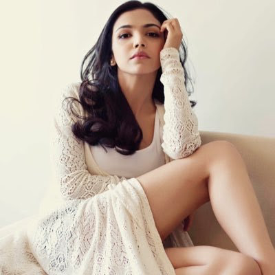 shriya-pilgaonkar-would-like-to-direct-parents-in-future