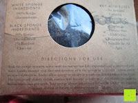 Verpackung hinten: Konjac Gesichtsschwamm - 2 Schwämme pro Packung (kohlenschwarz & natürlich weiss) für empfindliche bis ölige & unreine Haut - sanftes Peeling, Reiniger und Exfoliator für das Gesicht - 100% natürlich von Beauty by Earth