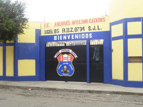 Colegio 122 ANDRES AVELINO CACERES - San Juan de Lurigancho