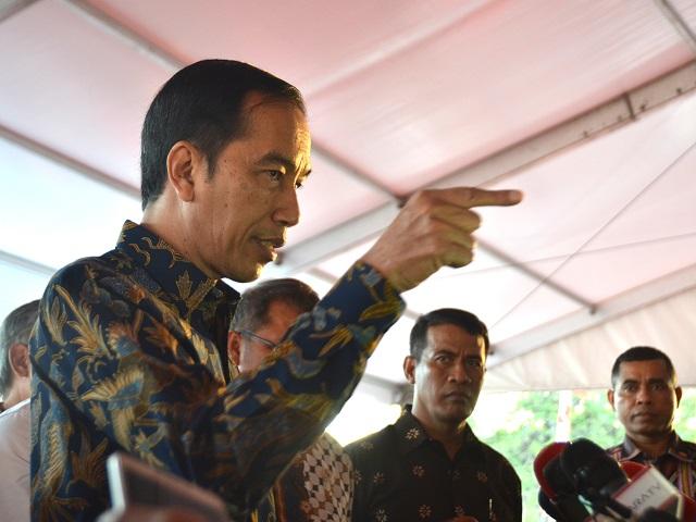 Kritik Jokowi Perbolehkan Menteri Rangkap Jabatan, Pengamat: Pemimpin Harus Konsisten