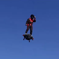 Flyboard l'homme peut voler