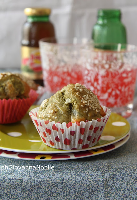 Muffin al tè verde Matcha e caciotta dolce