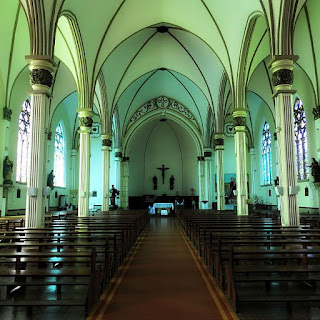 Interior da Igreja Matriz de São Luiz Gonzaga.