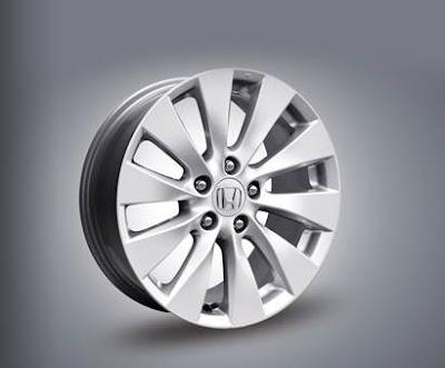 Camry 2015 honda accord 9 -  - So Sánh Toyota Camry và Honda Accord : Hiện đại đối đầu với truyền thống