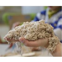 Kinetic Sand pour développer le touché.