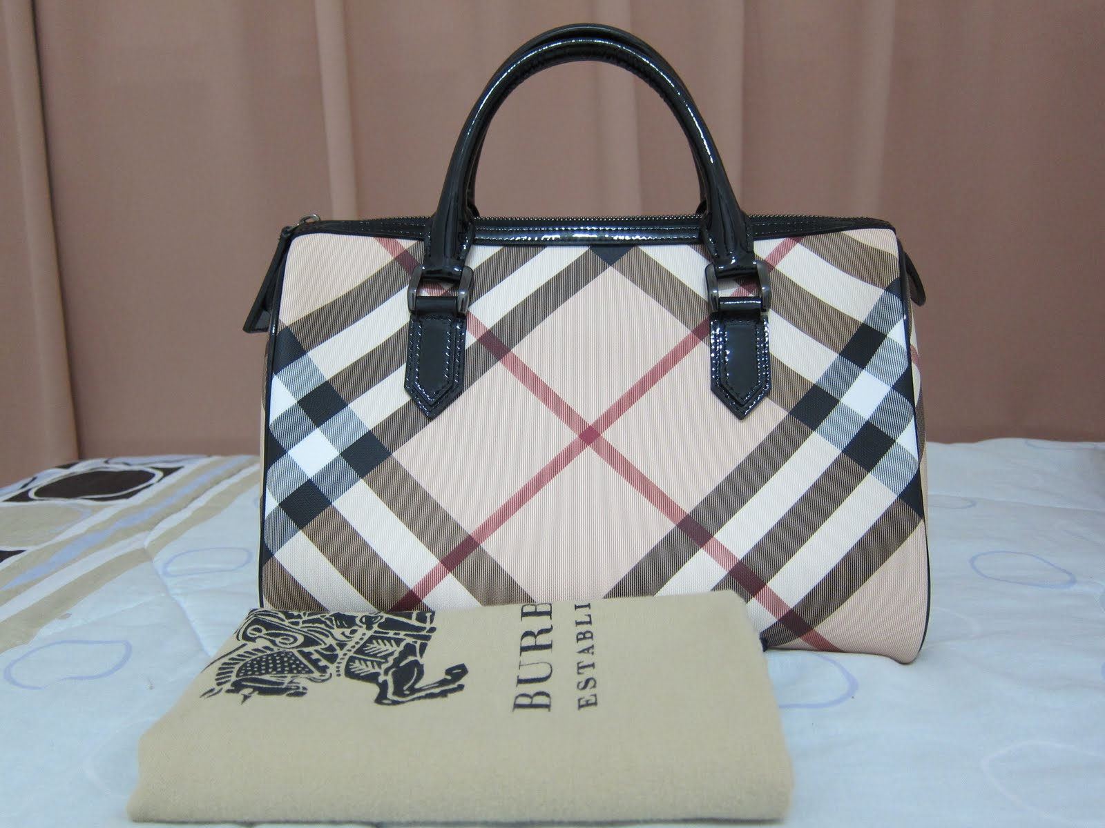 ea04f72062e0 Elegant Poise - Where Branded Bags are Affordable  Burberry 3