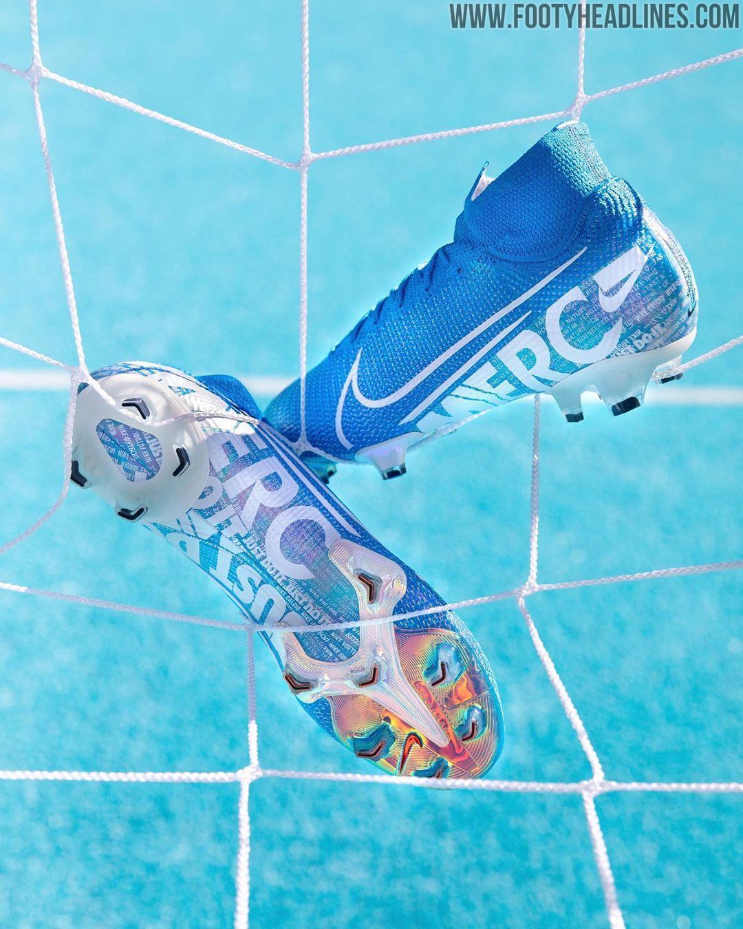 Preguntar Mucho bien bueno palma  Super Bold Nike 'New Lights' 2019-2020 Boots Released - Including Next-Gen  Mercurial & Tiempo - Footy Headlines