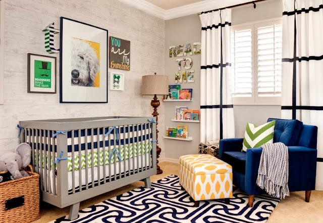 quarto de bebe decorado azul amarelo e verde
