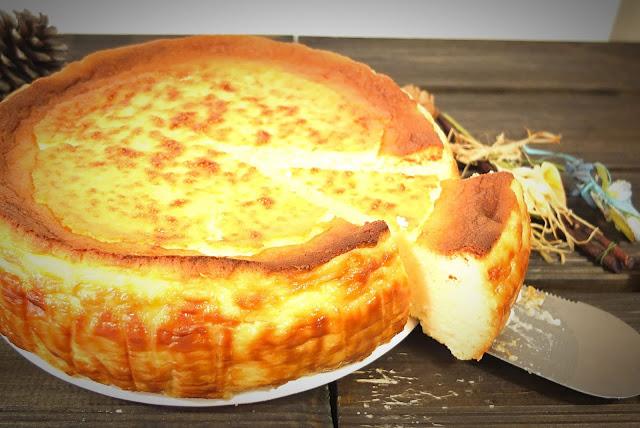 Tarta de queso casera, cremosa, fácil y rica.