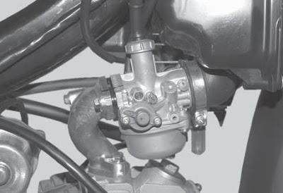 membersihkam karburator Toyota