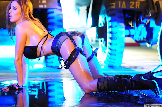 Jordan-Carver-Action-Girl-Photoshoot-Hot-and-Sexy-Pic-78