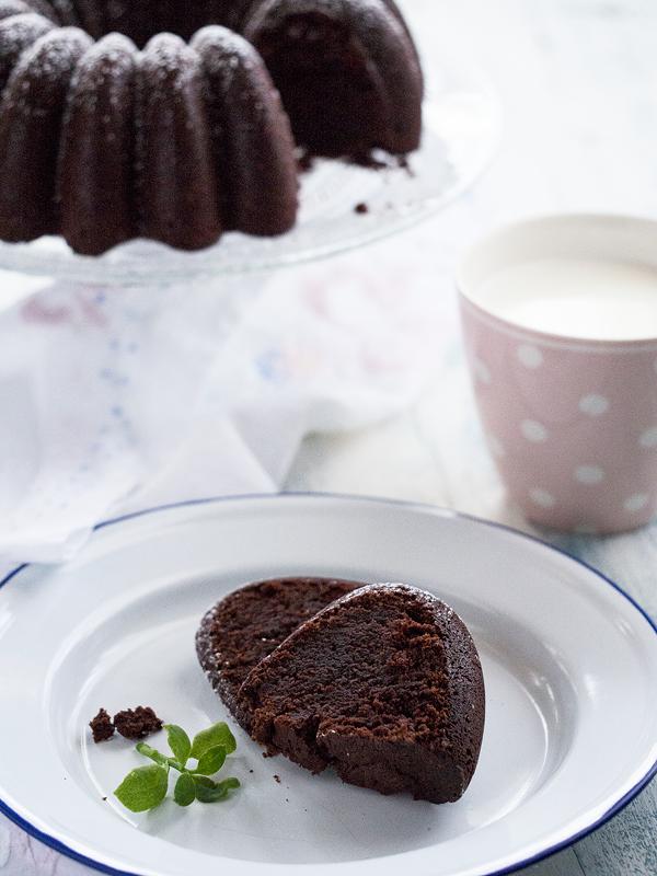 bundt-cake-de-chocolate-con-vino-especiado