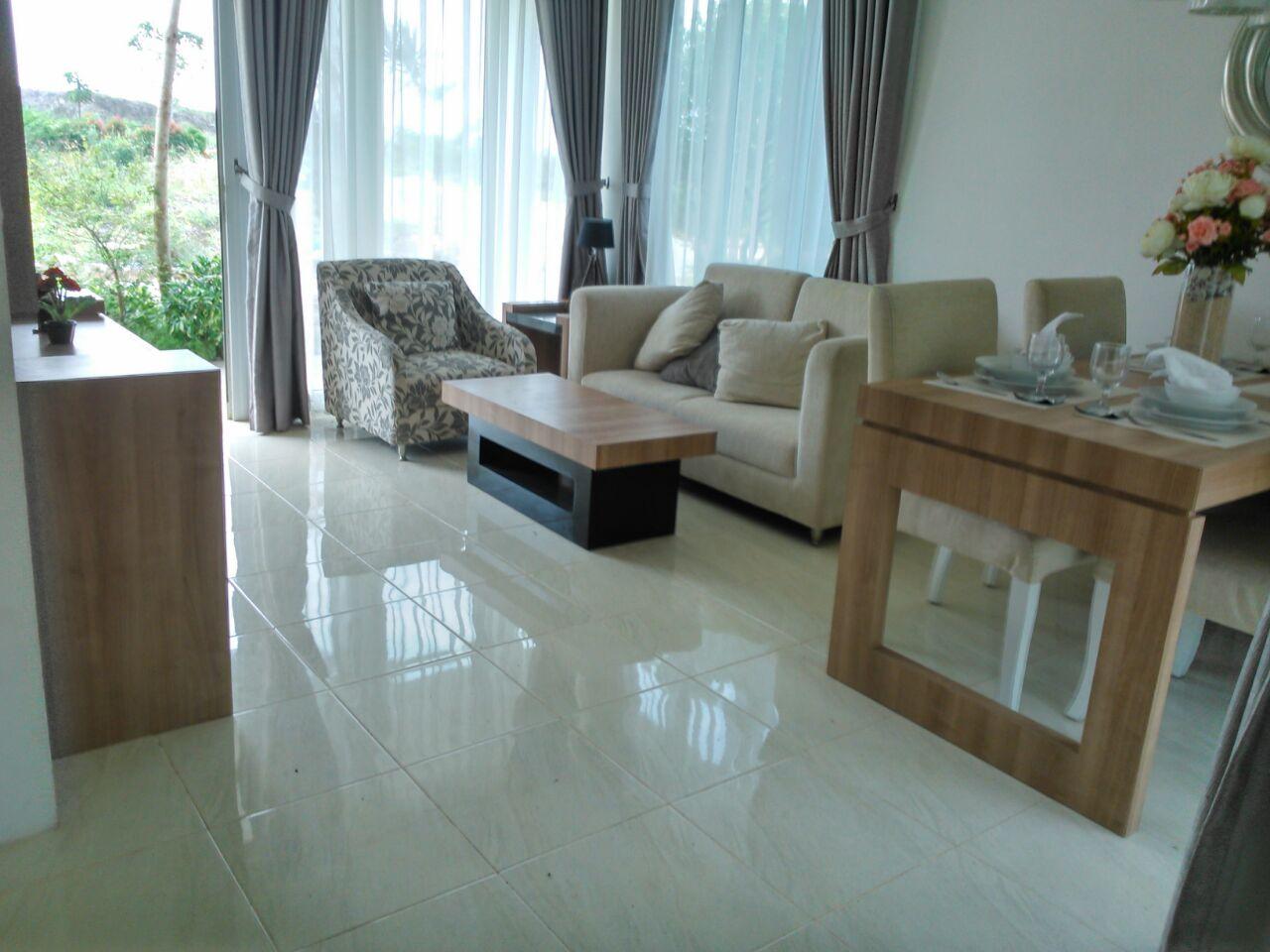 Contoh Tile Untuk Ruang Tamu Desainrumahid