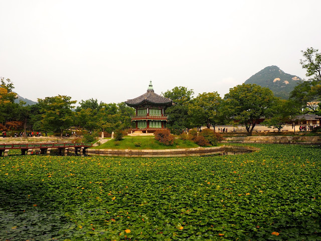 Pavilion in the pond at Gyeongbokgung palace, Seoul, South Korea