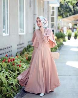 contoh dan model Gamis Warna Pink Pastel