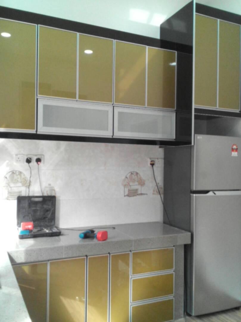 Untuk Kabinet Dapur Rumah En Selamat Ni Kami Menggunakan Material Jenis 3g Gl Gold Kaler Wow Teserlah Kemantapan Gitu Black And Menjadi