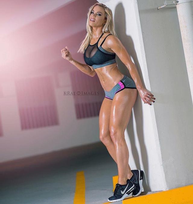Lauren Drain Kagan: Goddess of the fitness on Instagram